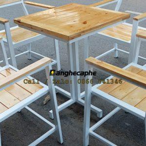 ban-ghe-khung-sat-mat-go-quan-cafe-bg-109-04